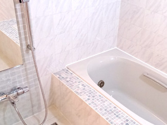 バスルームリフォーム こだわりのデザインが光るエレガントな浴室