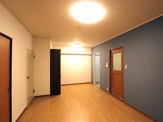 内装リフォーム 壁の色にメリハリを付け輝きが増した内装リフォーム