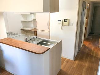 キッチンリフォーム お客様の使いやすさを追求し収納にこだわったシステムキッチン