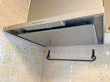 小工事掃除がしやすく、より強力な換気機能の付いたレンジフード