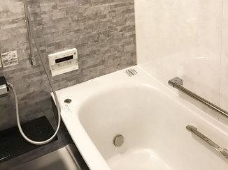 バスルームリフォーム 断熱性がアップした内窓と床で快適なバスルーム