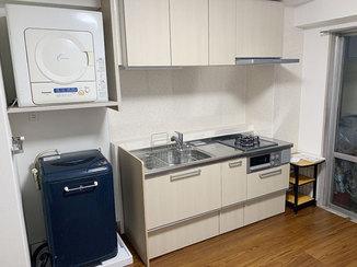 キッチンリフォーム 内装と共に一新し、使いやすくなったキッチン