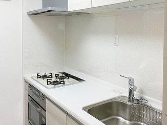 キッチンリフォーム 料理が楽しくなるこだわりのキッチンとキレイで快適なバスルーム